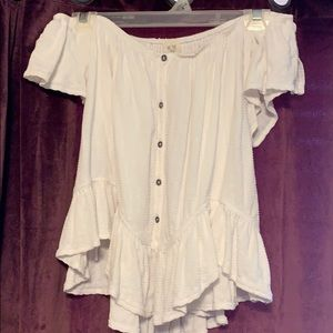 FREE PEOPLE off the should top size small